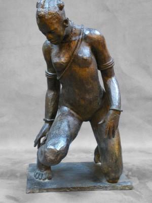 Darbaud_sculptures_femme_accroupie