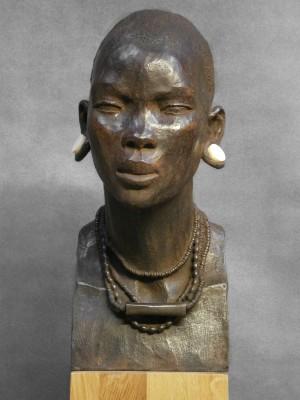 Darbaud_sculptures_mursi_02