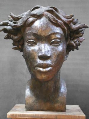 Darbaud_sculptures_femme_ danakil_H70