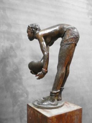 Darbaud_sculptures_femme_écuelle_02